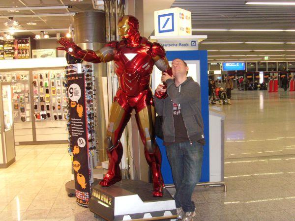 iron man flughafen