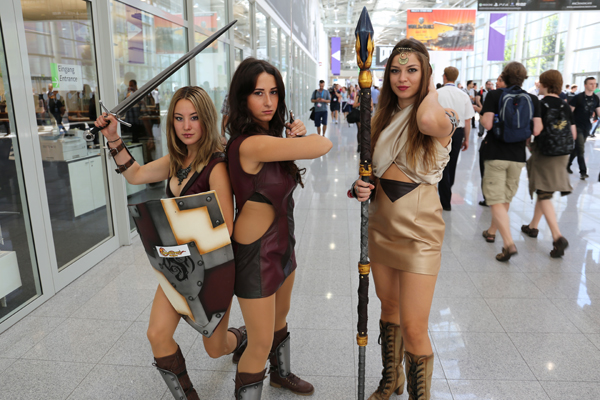 cosplay girl fighters