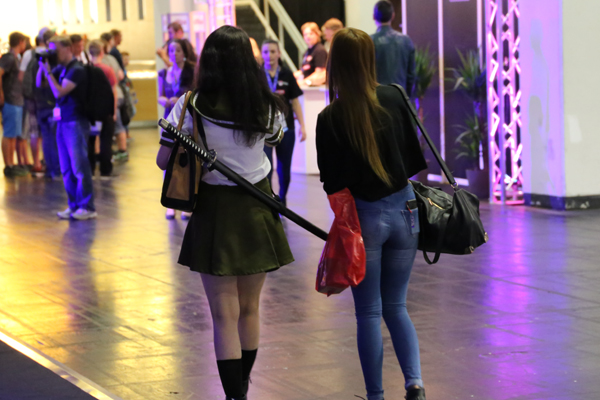 girl mit katana