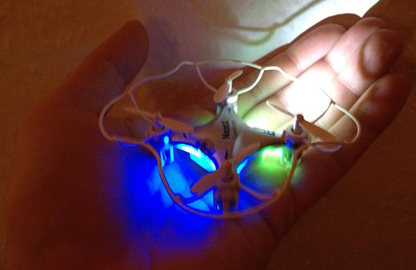 Nano Quadcopter im dunkeln