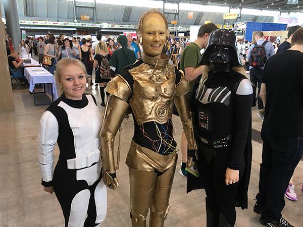 C3PO cosplay